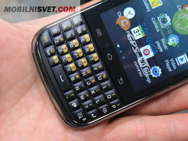 Samsung Galaxy Chat B5330 - MobilniSvet.com - kvalitetne
